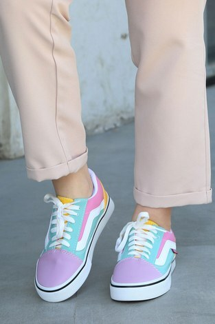- Çok Renkli Spor Ayakkabı 6157-6