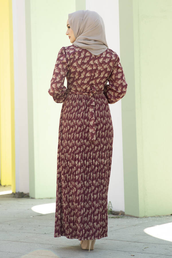 Eteği Pliseli Kuşaklı Elbise Şarabi