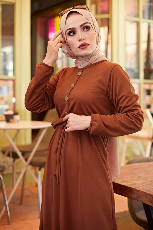 Fırfırlı Kuşaklı Elbise 17690-15 Taba