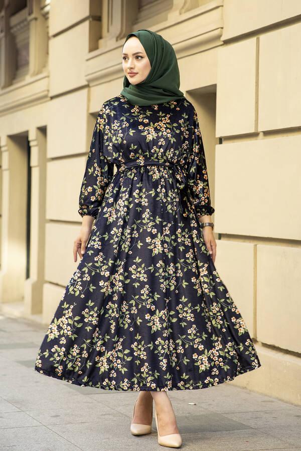 Çiçekli Kadife Yarasa Kol Elbise Desenli3