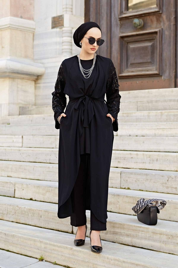 Kolu Desenli Pullu Abaya 530GK-11902 Siyah
