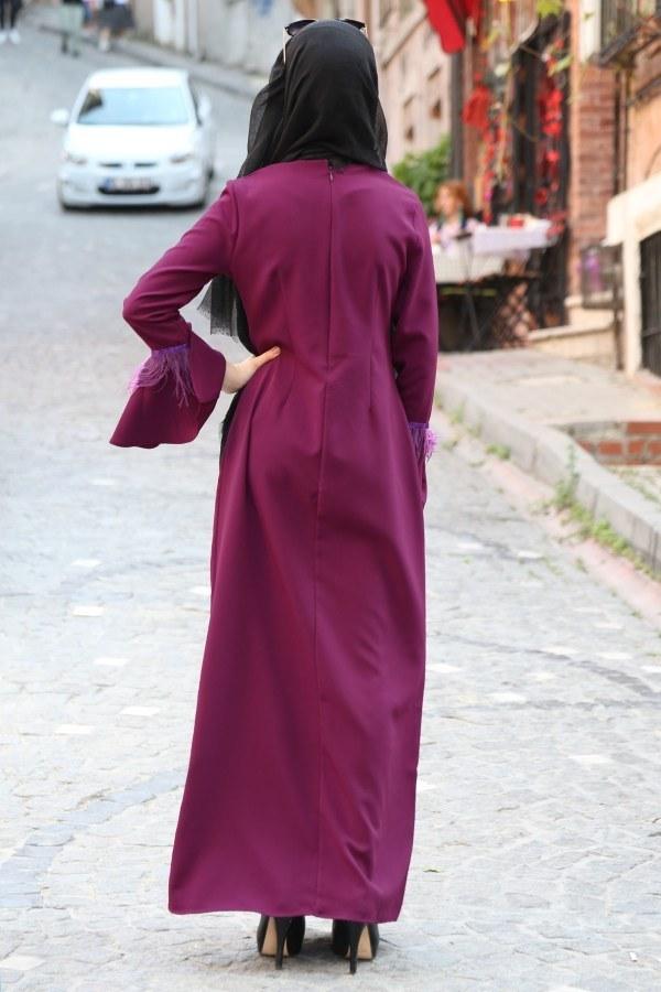 Kolyeli Tüy Detaylı Elbise 5584-07