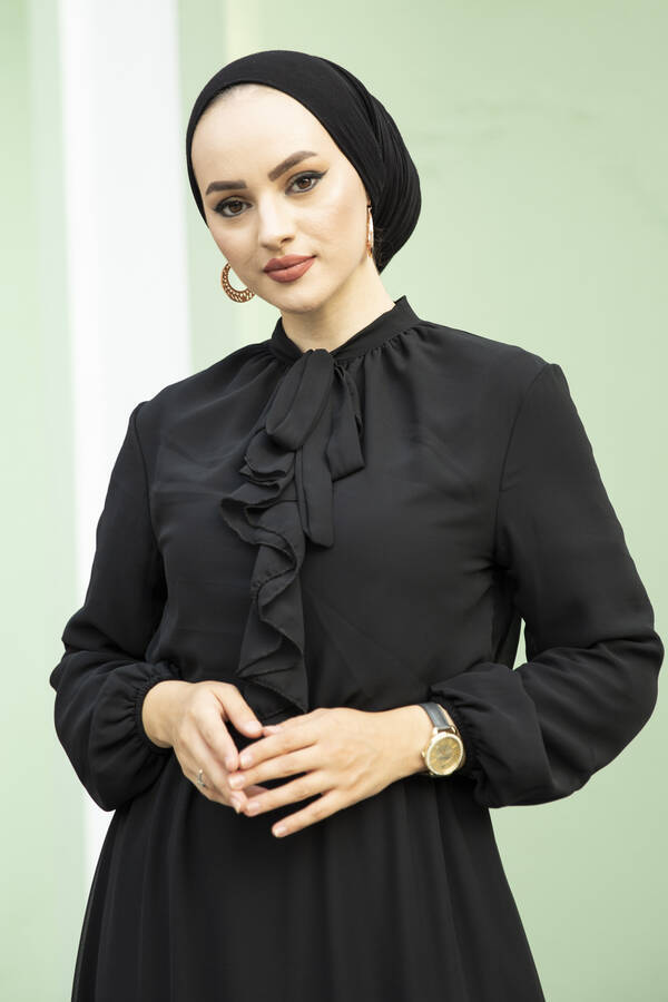 Önü Fırfır Detaylı Şifon Elbise Siyah