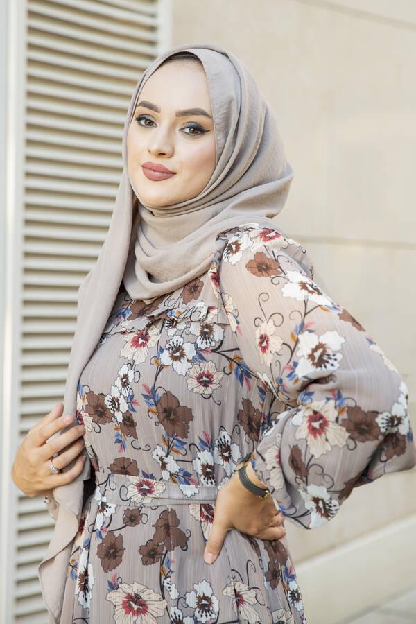 Önü Fırfır Detaylı Şifon Elbise Vizon