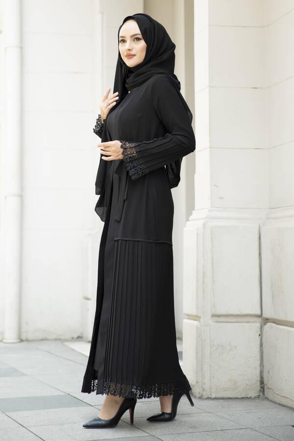 Pliseli Dantel Detaylı Abaya Siyah