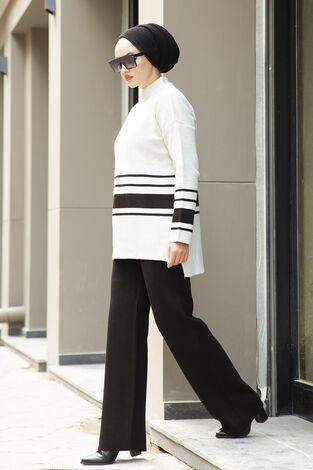 Şerit Detaylı Tesettür Triko Takım Kırık Beyaz - Thumbnail