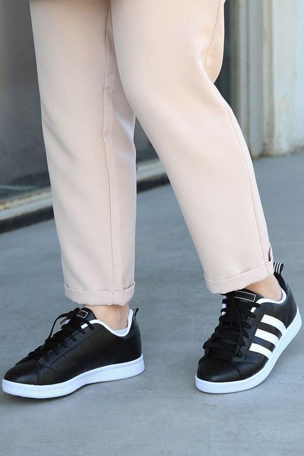 Şeritli Siyah Spor Ayakkabı 6147-1