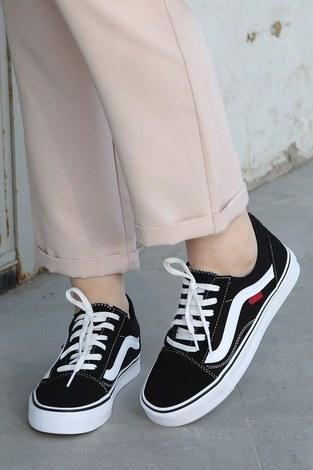 - Siyah Spor Ayakkabı 6157-1