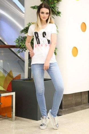 - Taş Baskılı T-Shirt 1982-1 Beyaz